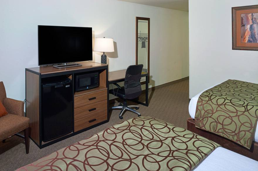 2 Queen Bed room at The Ridgeline Hotel at Yellowstone