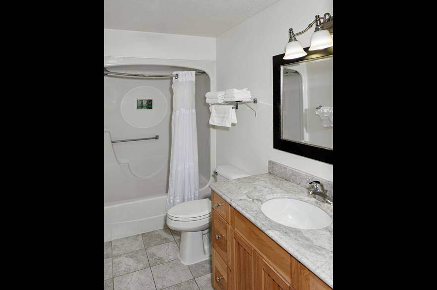 Mountain View Suite bathroom at The Ridgeline Hotel at Yellowstone